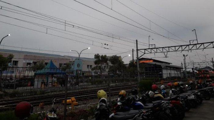 Mulai 12 Juli, Penumpang KRL Wajib Tunjukkan STRP di Stasiun Rangkasbitung, Maja dan Citeras