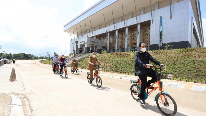 Berkunjung ke Kampus Untirta Sindangsari, Bupati Serang Ratu Tatu: Program Beasiswa Terus Berjalan