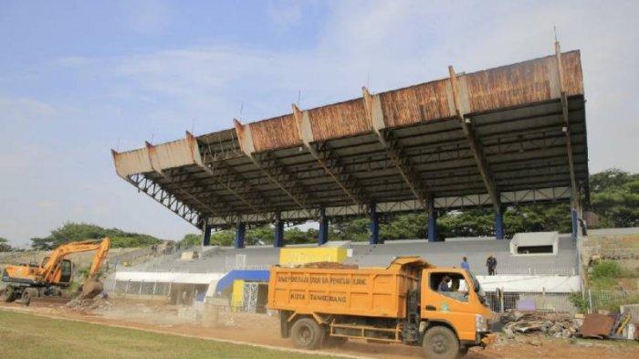 Pemerintah Kota Tangerang merenovasi Stadion Benteng.