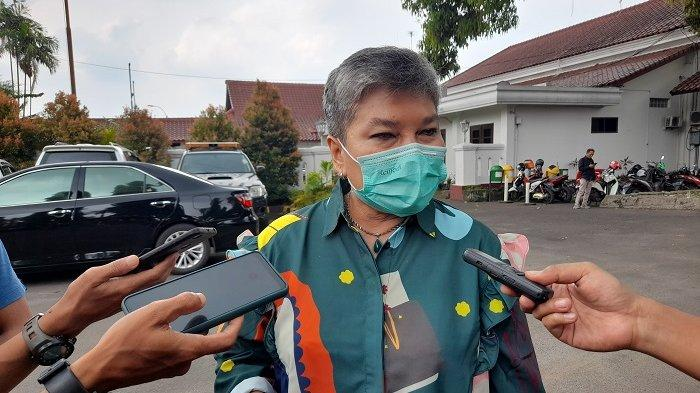 Ribka Tjiptaning Kritik Gubernur Banten: Rakyat Tak Boleh Disalahkan Atas Kerumunan di Tempat Wisata