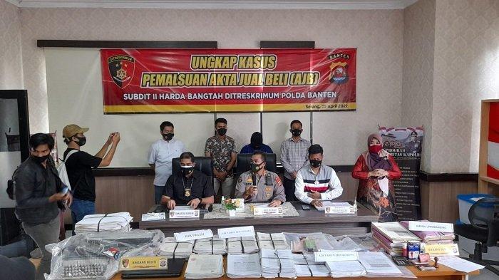 Untung Rp 1,3 Miliar, Pegawai Honorer Kecamatan di Serang Jadi Mafia Tanah Bermodus AJB Palsu