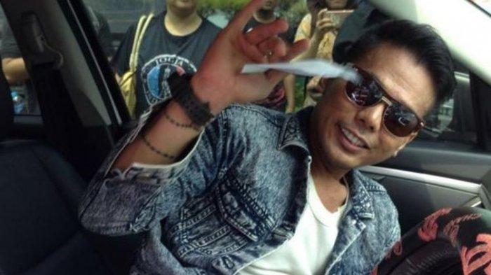 Eks Muncikari Artis Robby Abbas Kembali Ditangkap, Kepergok Lagi Bareng Teman Wanita di Hotel
