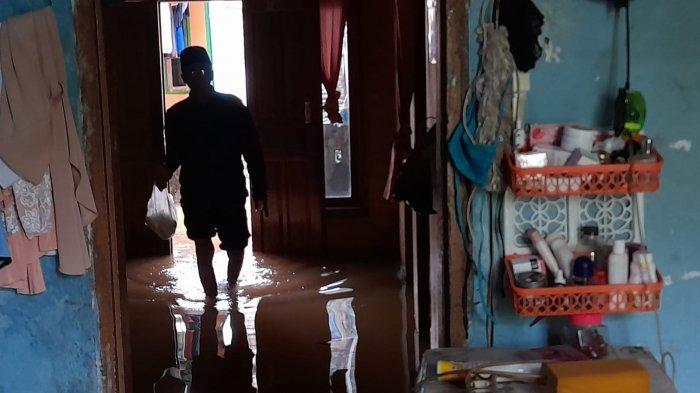 Curhat Warga Kota Serang: Kebangun karena Kasur Basah, Ternyata Air Banjir Masuk Rumah