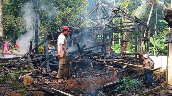 Rumah di Ciomas Kabupaten Serang Terbakar, Pemilik Berusia 70 Tahun Selamat