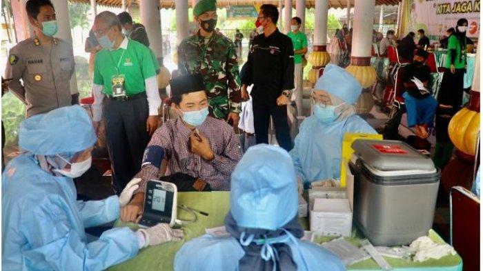 Gandeng Baznas, Polda Banten Gelar Vaksinasi Nasional Untuk Santri dan Ulama