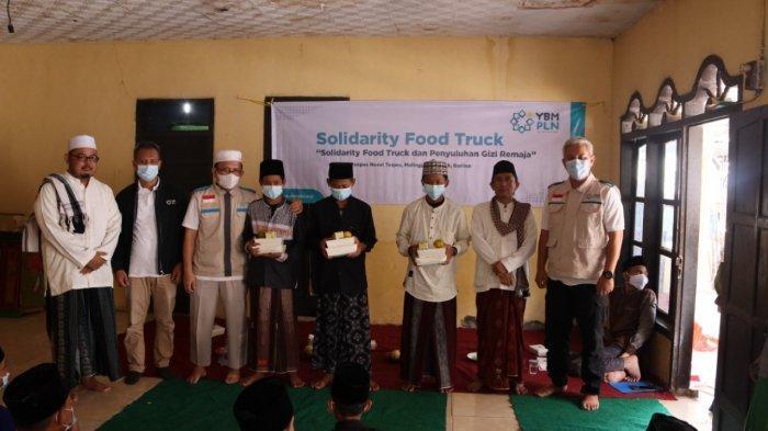 YBM PLN UID Banten Gelar Solidarity Food Truck dan Penyuluhan Gizi untuk Santri Ponpes Nurut Taqwa