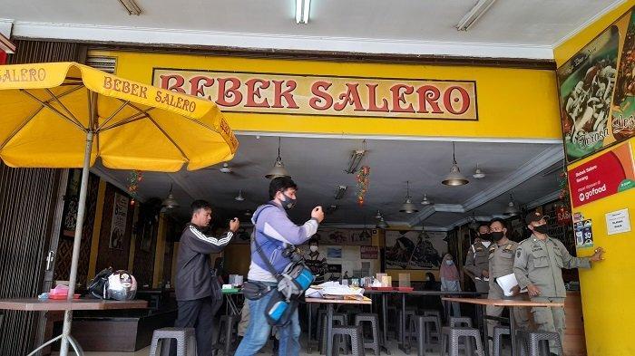 Satpol PP Sweeping Tempat Makan yang Buka Siang Hari di Serang, Ketahuan Langsung Diangkut Kompornya