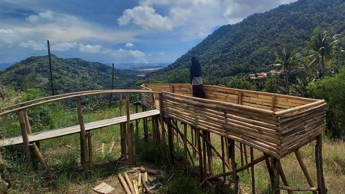 Ciamik dan Instagramable, Kebun Kacang Disulap jadi Saung Ciboyot dengan View Selat Sunda