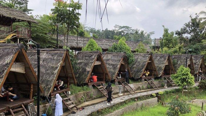 Saung Dolet, Resto Penuh Spot Instagramable di Ciomas, Ada 10 Saung Ala Baduy, Menu Mulai Rp 20.000