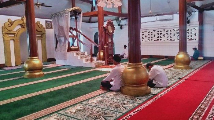 Doa yang Dibaca saat Malam Lailatul Qadar, Lengkap dengan Tanda Datangnya Malam 1000 Bulan