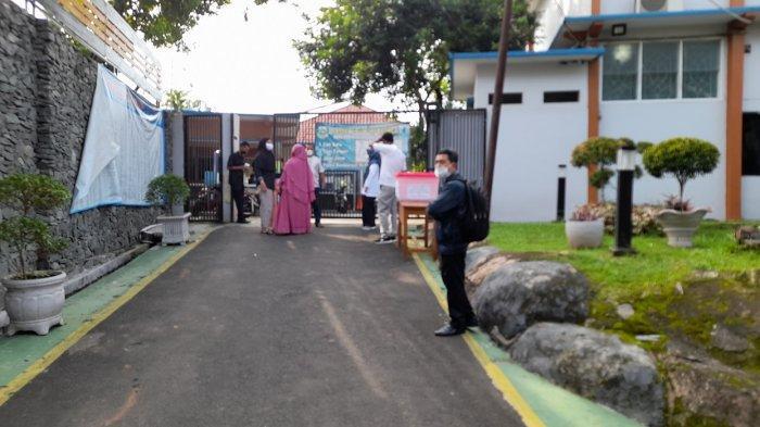 Rabu Pagi ini Server PPDB SMA Banten Masih Gangguan, Orang Tua Datangi SMAN 2 Kota Serang
