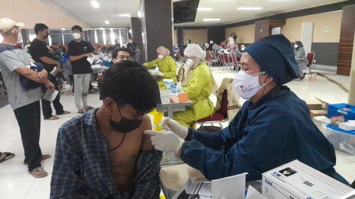 Unik dan Menarik, Ini Ternyata Alasan Warga Kabupaten Serang Vaksin Covid-19