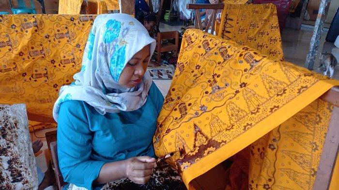 Melongok Sanggar Batik Krakatoa, Batik Khas Cilegon Milik Istri Helldy Agustian