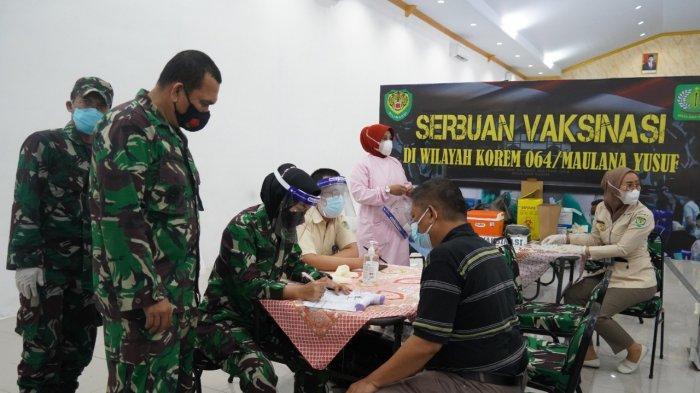 Korem 064/MY Gelar Serbuan Vaksinasi Covid-19 di Makodim 0602/Serang Selama 2 Hari untuk Masyarakat