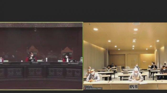 Tangkapan layar siaran langsung sidang perdana sengketa hasil Pilkada Tangsel 2020 di Mahkamah Konstitusi, Jumat (29/1/2021).