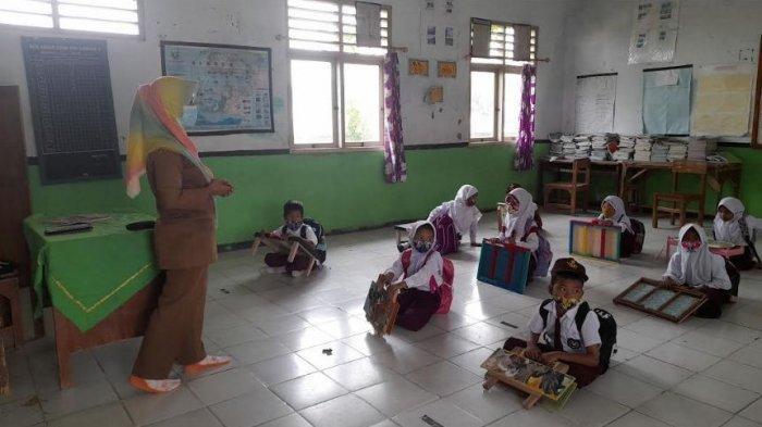Sebut 100 Sekolah di Kabupaten Serang Kurang Mebel, Komisi II DPRD: Sangat Penting bagi Anak Didik