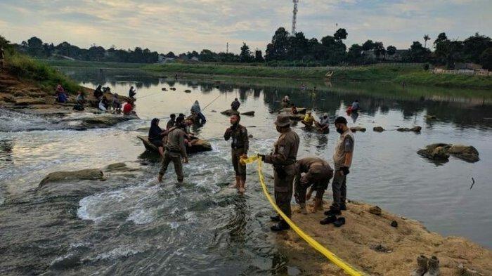 Satpol PP Tangerang Selatan Menutup Sementara Situ Lengkong Wetan