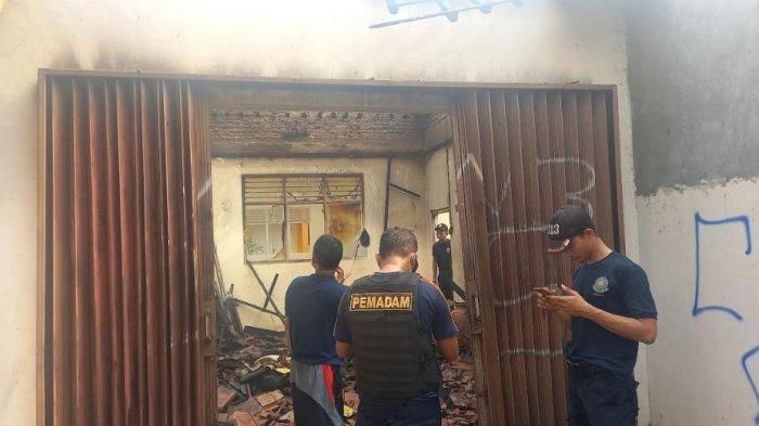 Suasana beberapa ruangan SMP Negeri 2 Cilegon yang terbakar diduga dari mesin genset, Selasa (17/8/2021)