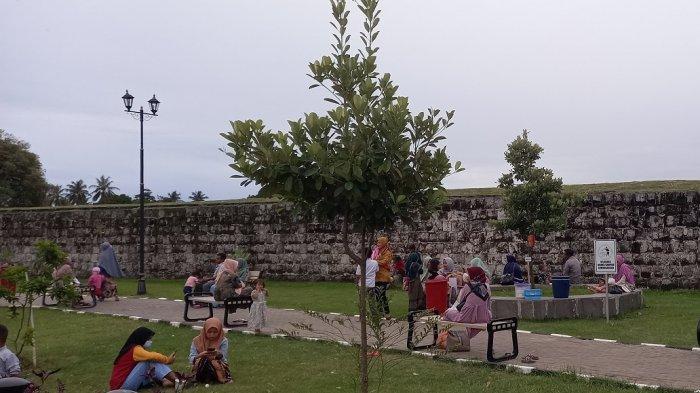 Targetkan Banten 10 Besar Destinasi Pariwisata Ramah Muslim, Wagub: Optimalkan 4 Aspek Penting