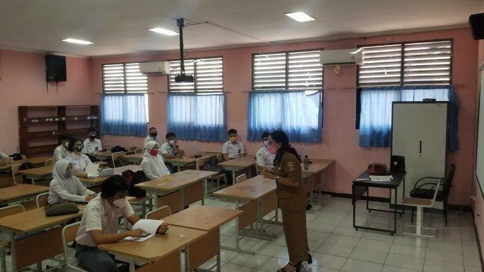 Hari Pertama Uji Coba PTM untuk Tingkat SMP di Kota Tangerang: Tak Ada Kantin dan Jam Istirahat