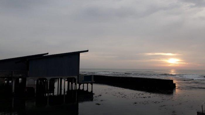 Sunset di Pantai Anyer