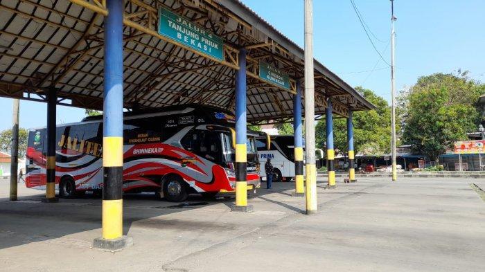Terminal Pakupatan Kota Serang terpantau landai pasca hari raya Idul Fitri 1442 Hijriah, Sabtu (15/5/2021).