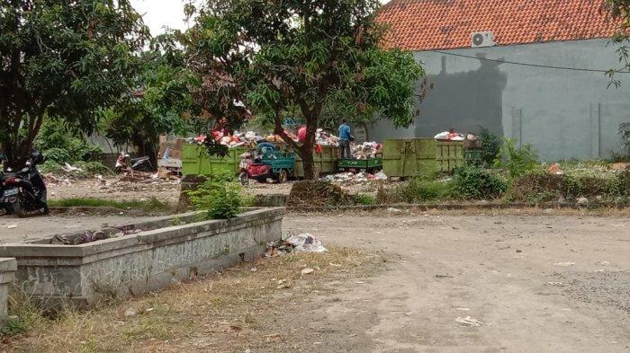Dulu Ramai, Kini Terminal Cipocok jadi Tempat Pembuangan Sampah
