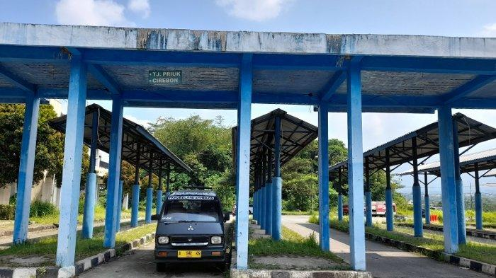 Terminal Kadubanen Pandeglang