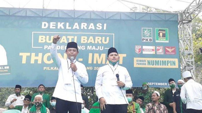 Thoni Fathoni Mukson mencalonkan diri sebagai Bakal Calon Bupati Pandeglang di pemilihan Kepala Daerah (Pilkada) 2020. Toni Fathoni Mukson berpasangan dengan Imat Miftahul Tamami Syam.
