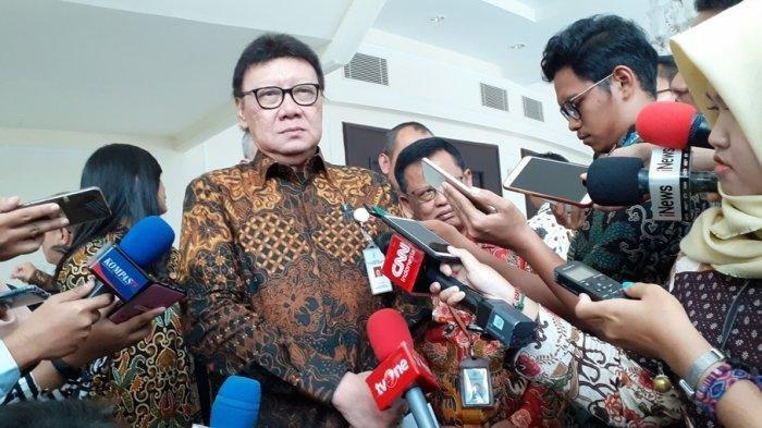 BREAKING NEWS: Tiga Orang di Rumah Menpan RB Tjahjo Kumolo Positif Corona
