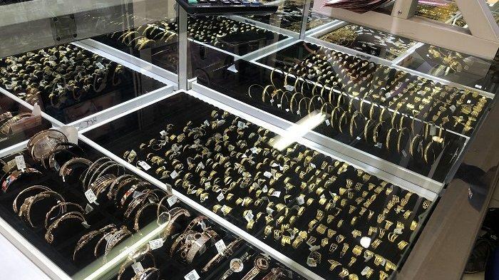 Warga Serang Berburu Perhiasan Jelang Bulan Puasa, Cincin dan Gelang Seperti Ini Paling Diminati