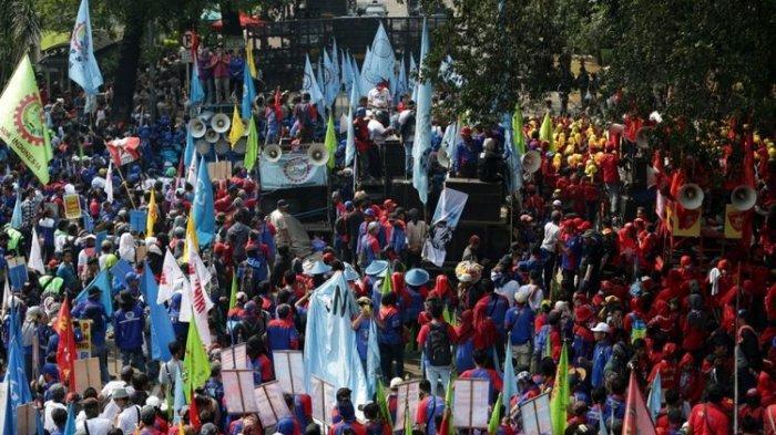 Peringati May Day, KSPI Gelar Aksi Unjuk Rasa di Istana Negara dan Gedung MK, Ini Dua Tuntutannya