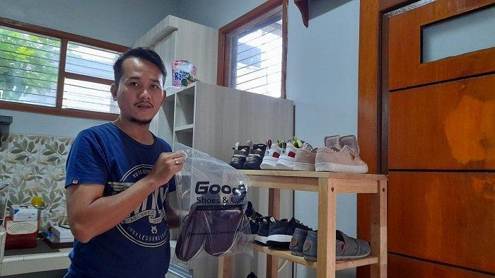 Tangkap Peluang Bisnis saat Pandemi, Aditya Dapat Rp3 Juta Per Bulan dari Laundry Sepatu di Rumah