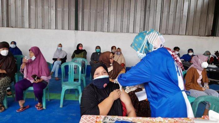 Hindari Kerumunan, Warga Perumahan Lebak Indah Serang Inisiatif Gelar Vaksinasi Mandiri