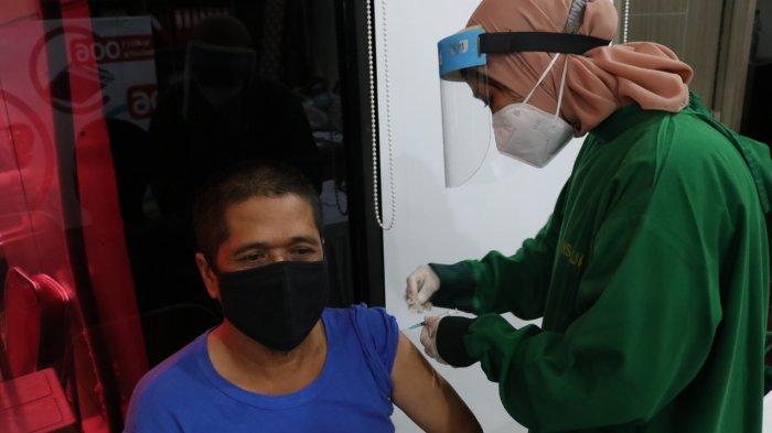 Lebih dari 10.500 Pegawai PLN Suntik Vaksin Covid-19, Siap Berikan Layanan Terbaik di Tengah Pandemi