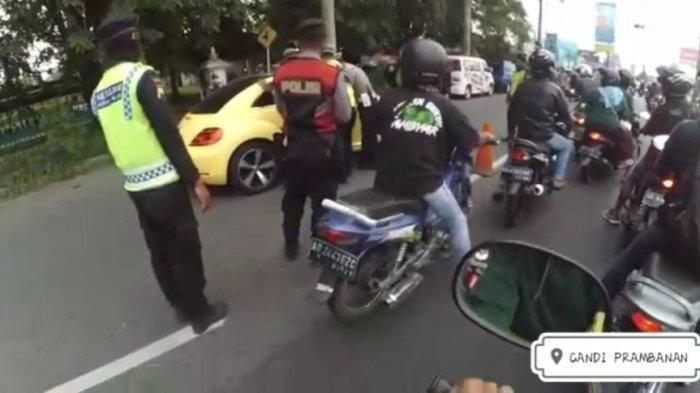 Mobil Ini Terobos dan Tabrak Polisi di Pos Penyekatan Mudik Prambanan Klaten