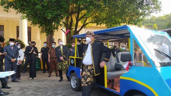 Mobil Listrik Karya SMKN 4 Pandeglang Dirilis saat Upacara HUT RI di Pemprov Banten