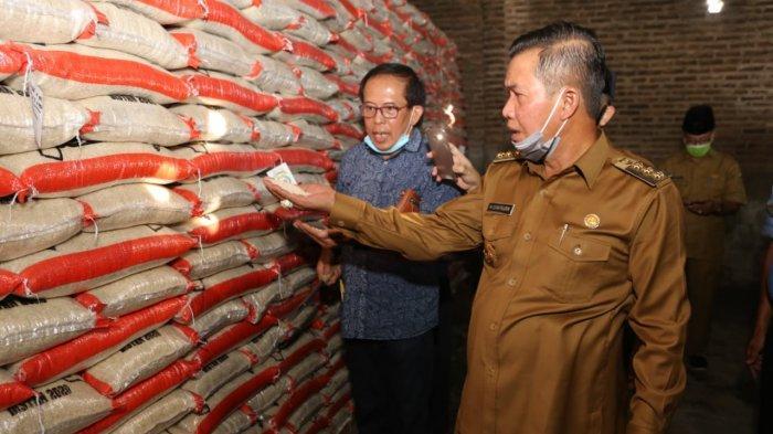 Wali Kota Serang Borong Beras 225 Ton Seharga Rp2,3 Miliar