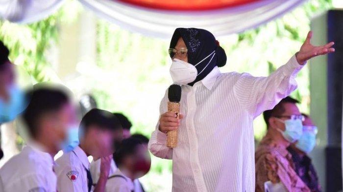 Pro-Kontra Blusukan Risma, Siapa Pemulung yang Ditemui? Ini Sosok Gelandangan di Trotoar