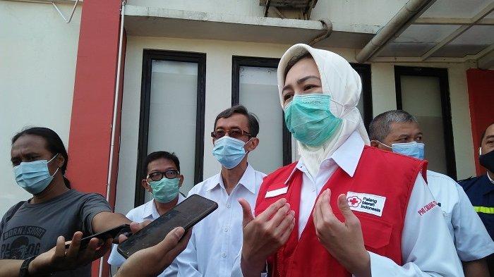 Walikota Tangerang Selatan Airin Rachmi Diany di kantor PMI Cabang Kota Tangerang Selatan, Kamis (17/9/2020).