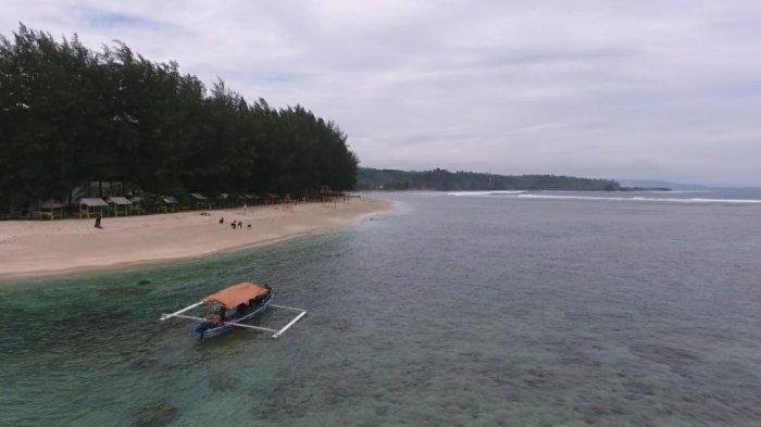 Ilustrasi pemandangan lepas pantai