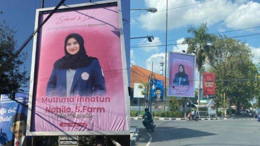 Dapat Kejutan Unik Foto Mahasiswi Ini Dipasang Di Baliho Tepi Jalan Sebagai Hadiah Ujian Skripsi Tribun Banten