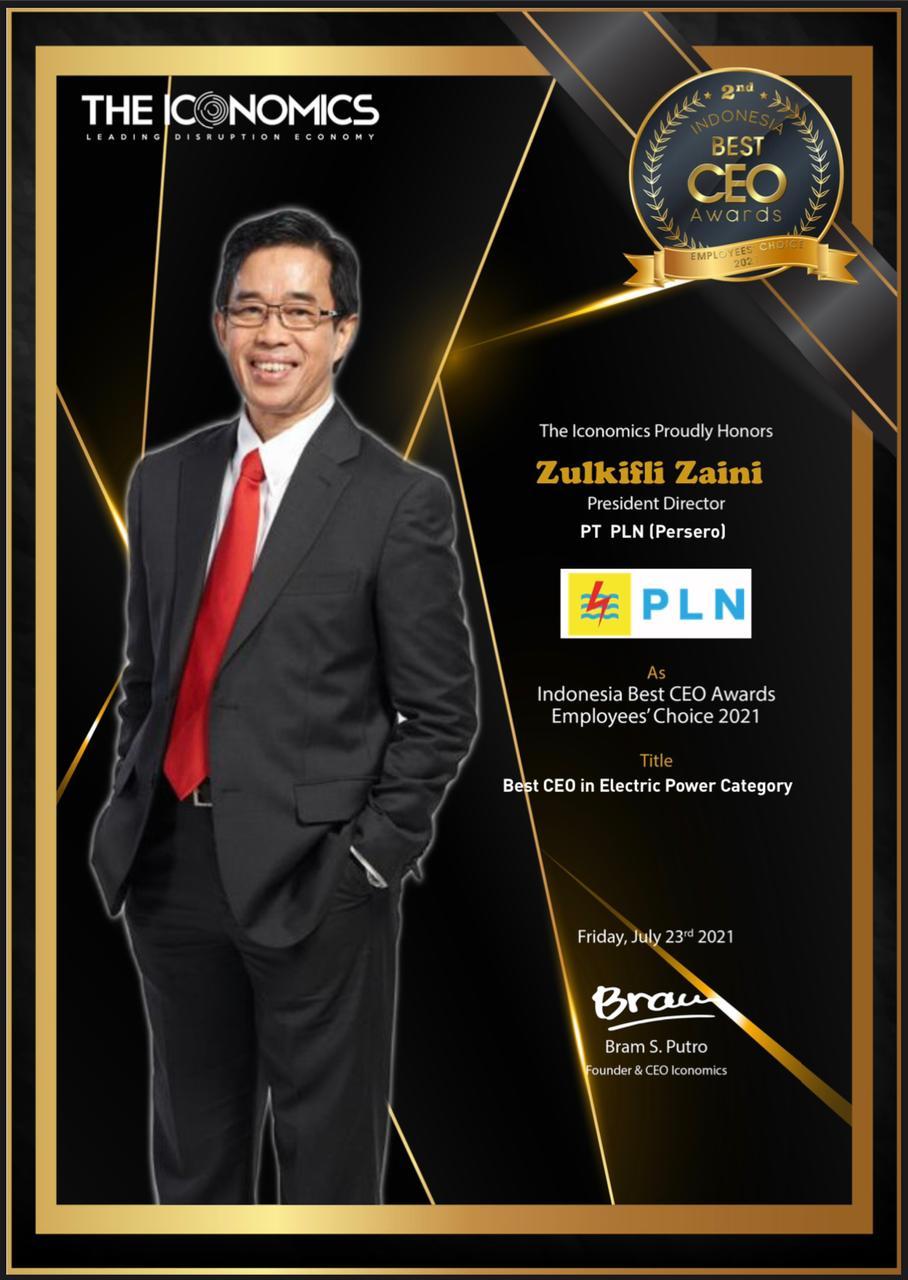Direktur Utama PT PLN (Persero), Zulkifli Zaini, meraih penghargaan Indonesia Best CEO Award 2021