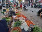 aktivitas-di-kios-penjual-sayur-mayur-di-pasar-rangkasbitung.jpg