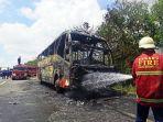 bus-angkut-peziarah-terbakar.jpg