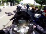 ilustrasi-pengendara-sepeda-motor-gede-melintas-di-jalan-veteran.jpg