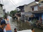 kawasan-periuk-damai-masih-banjir-setinggi-2-meter.jpg