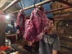 pedagang-daging-sapi-di-pasar-rau.jpg