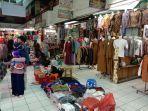 penjual-pakaian-di-pasar-rau.jpg