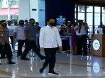 presiden-jokowi-ke-mal-summarecon-bekasi-new-normal.jpg